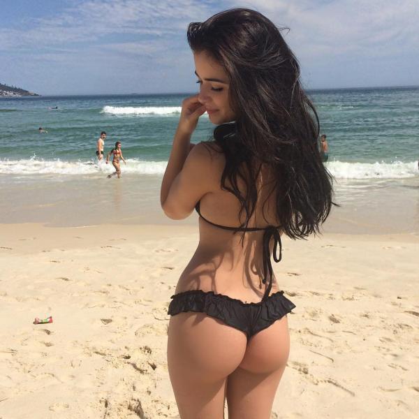 Zjawiskowa małolata na plaży